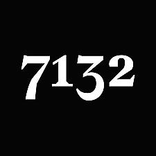 7132 Hotel - Doorman