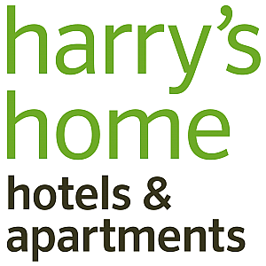 Harry's Home Hotel Steyr - Rezeptionist
